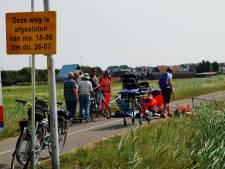 Fietser gewond na ongeluk met  omgevallen hek in Zuidland