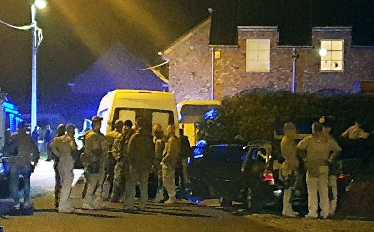 De speciale eenheden van de politie konden de gewapende man overmeesteren.