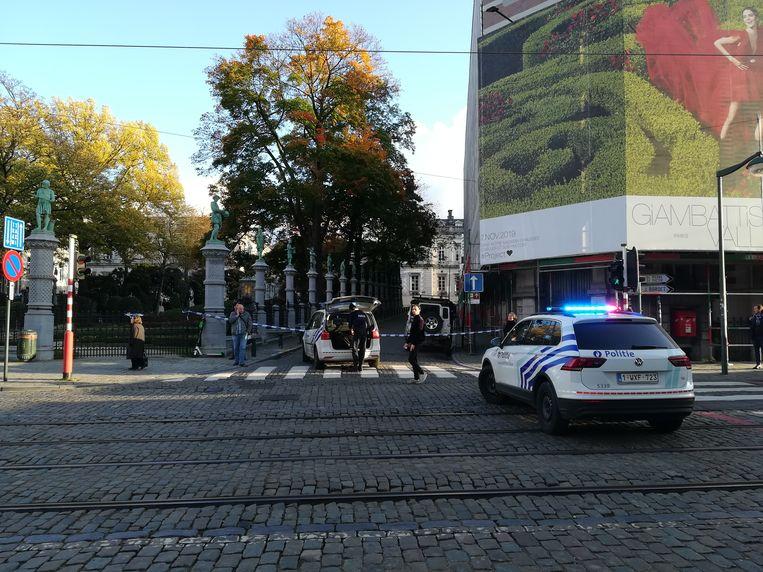 De politie sloot een deel van de buurt af.