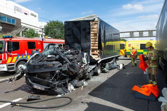 Het ongeval op de Antwerpse Ring.