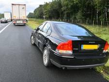 Aanrijding tussen vrachtwagen en auto op A67 bij Eersel