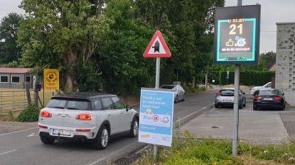 Snelheidsmeter beloont goed rijgedrag: elke bestuurder die minder dan 30 rijdt spaart 0,05 euro