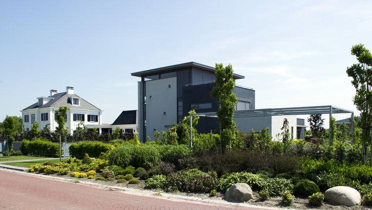 De nieuwste villawijk van Almere, Overgooi Beeld anp