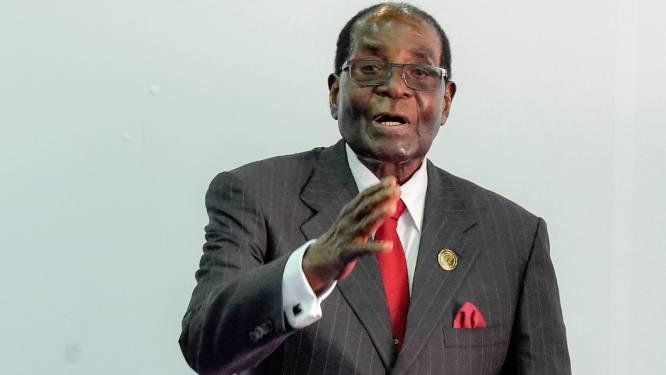 """Neef Mugabe: """"Hij heeft zijn gedwongen vertrek goed opgevat"""""""