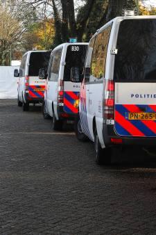 Vuurwapens, drugs, geld en mogelijk explosieven gevonden na aanhouding 'Koning Brabantse onderwereld'