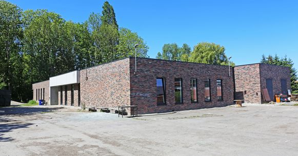 Het jeugdheem in Opwijk omvat onder meer de lokalen van KSA en Chiro.