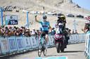 Aleksandr Vlasov wint op de 'kale berg'.