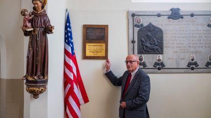 Amerikaanse oorlogsgedenkplaat ingehuldigd