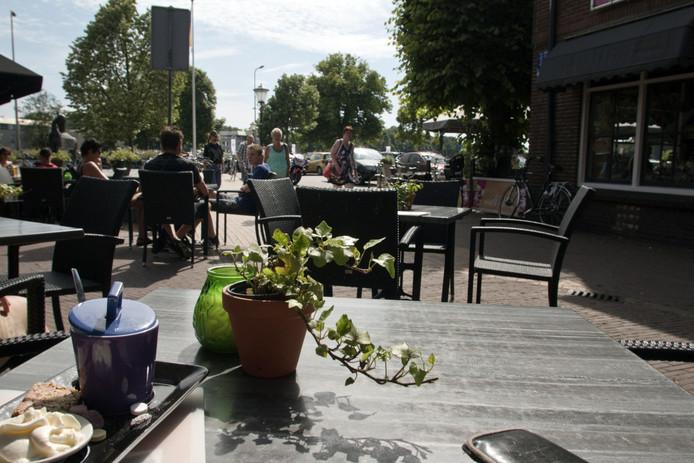 De Koninklijke Horecabond afdeling Ommen is voorstander van ondernemersvrijheid. Het is een van de meningen die wordt meegenomen in het onderzoek van de gemeente Ommen naar de winkeltijdenverordening.
