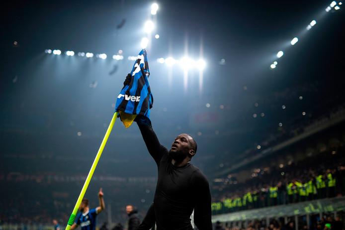 Romelu Lukaku a célébré son but de façon pour le moins théâtrale lors du derby de la Madonnina ce dimanche.