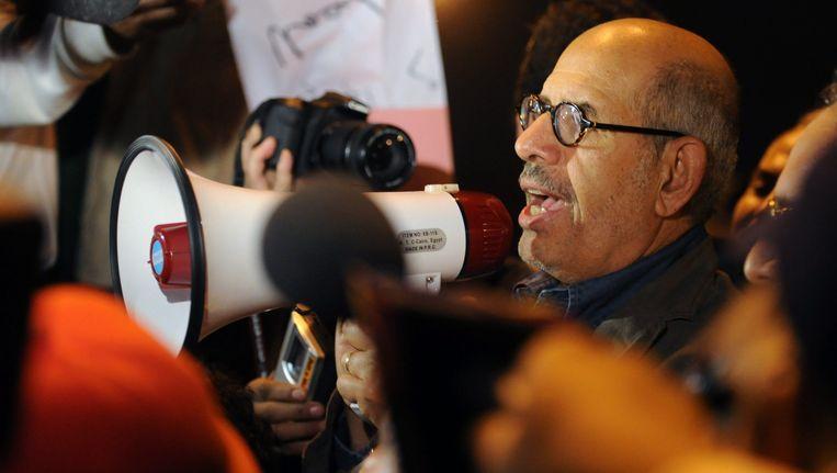 Mohamed ElBaradei op 30 januari op het Tahrirplein in Caïro. Beeld EPA