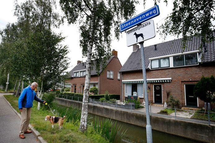 Hondenuitlaatplaats in Schoonrewoerd.