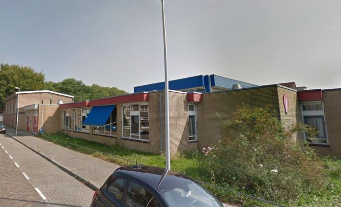 Het huidige gebouw van basisschool Jules Verne.