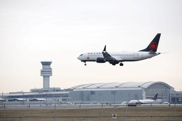 Een Boeing van Air Canada nadert Toronto Pearson International Airport, waar het incident gebeurde.