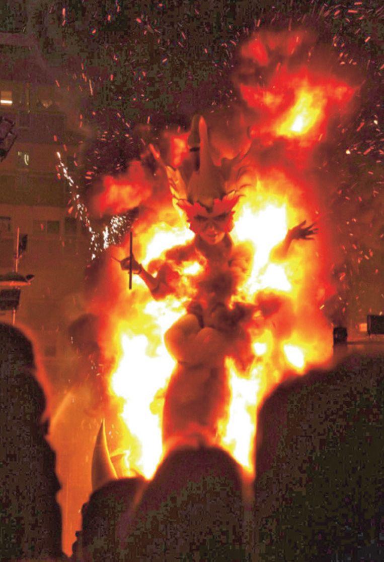 Op 19 maart gaan de prachtige sculpturen in vlammen op.