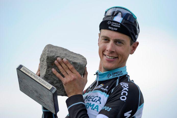 Niki Terpstra in 2014 na het winnen van Parijs-Roubaix