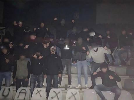 Ajax-hooligans vernielen De Vijverberg met graffiti