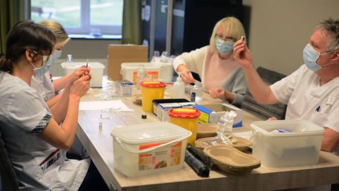 Apothekers zullen vaccins voorbereiden in vaccinatiecentra