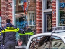 Eigenaar beschoten snackbar 't Poortje stapt naar rechter: 'Hij moet er financieel voor bloeden'