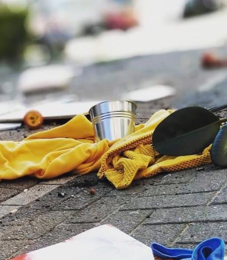Inwoner van Feijenoord gooit halve inboedel op straat en beschadigt daarbij een auto