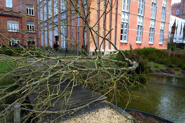 Het schoolpark van het Sint-Ursula-Instituut werd gesloten.