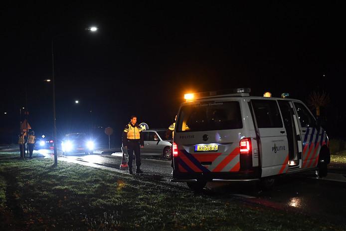 Politie had vrijdagavond de Raamweg in Cuijk naar Katwijk afgezet vanwege het aangekondigde Project X-feest.