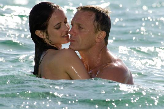 "Daniel Craig (James Bond) et Eva Green (Vesper Lynd) dans ""Casino Royale"""
