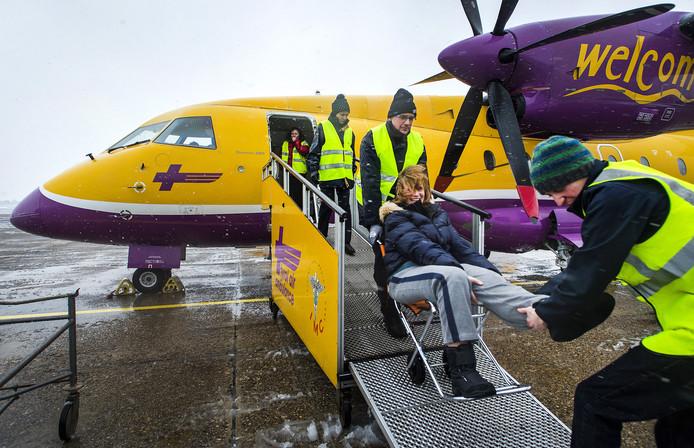Geblesseerde wintersporters kwamen tot 2017 aan op Rotterdam The Hague Airport, dit jaar keert de gipsvlucht weer terug.