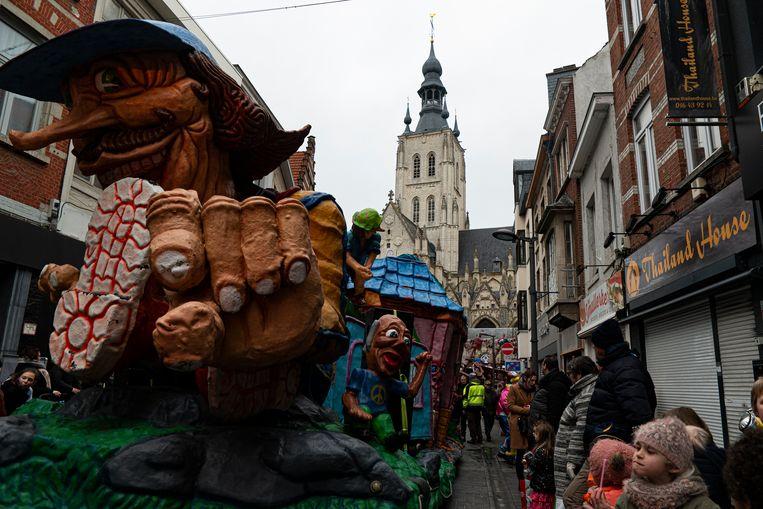 Carnaval in Tienen trekt 5.000 kijklustigen.