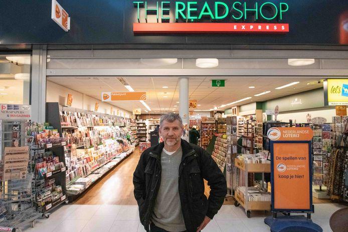 Sjaak Vos wilde zijn CD-speler ophalen bij de Readshop, maar een andere Vos had zijn pakketje al meegenomen.