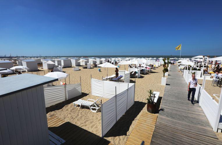 Strandcabines op het strand van Knokke