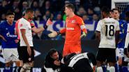 Schalke-doelman Nübel krijgt vier duels schorsing na karatetrap