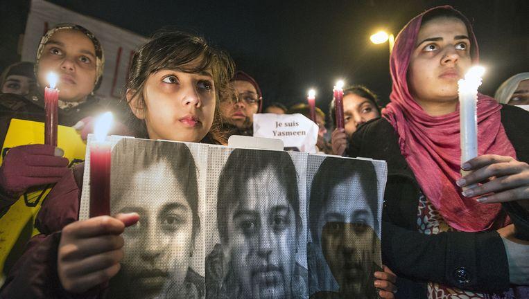 Februari 2015, na de vondst van het lichaam van Yasmeen vragen vrouwen en meisjes voornamelijk uit de Pakistaanse gemeenschap in Rotterdam om aandacht voor de onderdrukte vrouw. Beeld Guus Dubbelman / de Volkskrant