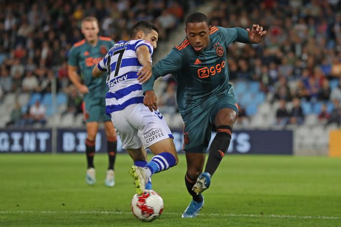 De Graafschap-aanvaller Mohamed Hamdaoui is een twijfelgeval voor de uitwedstrijd tegen NEC.