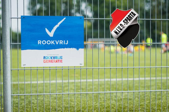 De sigaret gaat in de ban op het complex van voetbalvereniging NIVO-Sparta in Zaltbommel.