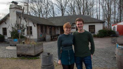 Robin en Shana nemen beheer Het Prullenbos over