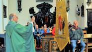 Nieuw vaandel voor Sint-Hubertuscomité