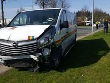 Bestuurder gewond bij ongeluk in Enschede