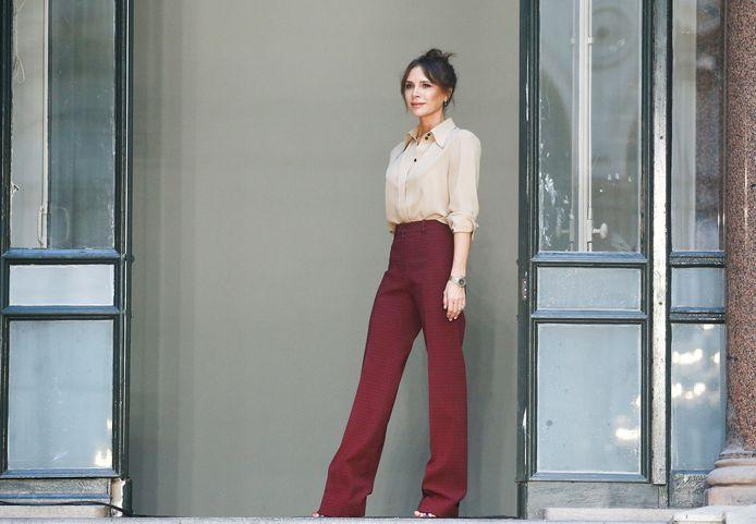 Ontwerper Victoria Beckham bij de London Fashion Week twee weken geleden