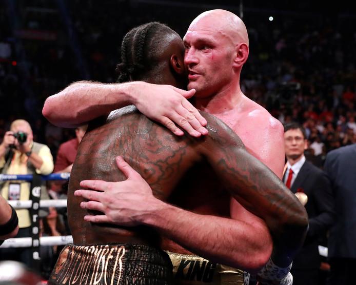 Na afloop van de wedstrijd werd het wederzijdse respect dat Wilder en Fury voor elkaar hebben duidelijk.