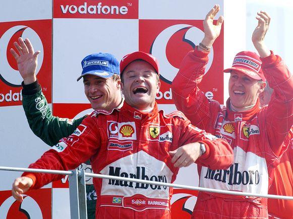 De gestolen wagen behoorde ooit toe aan de Brtise formule 1-coureur Eddie Irvine (links), hier in 2002 in het gezelschap van Rubens Barrichello en Michael Schumacher.