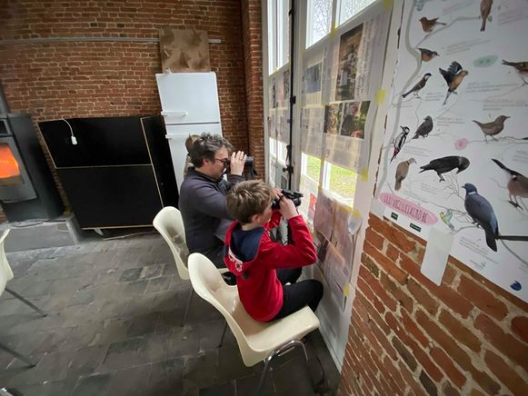 Guy Mertens (47) en zijn zoon Stan (11) hoopten vooral het roodborstje te zien.