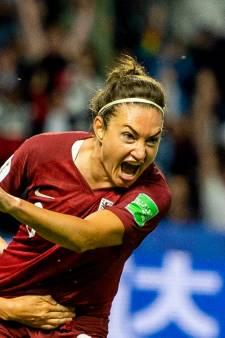 Jodie Taylor schiet Engeland naar achtste finales