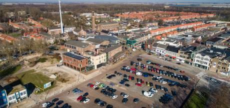 Bouwput van De Deel voor een dag stadsstrand in Emmeloord