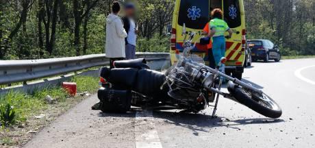Motorrijder gewond door val in bocht bij Gennep