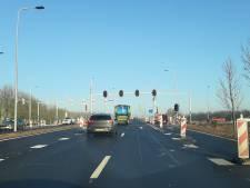 Nieuw kruispunt Van Elkweg-Houtakker vandaag open