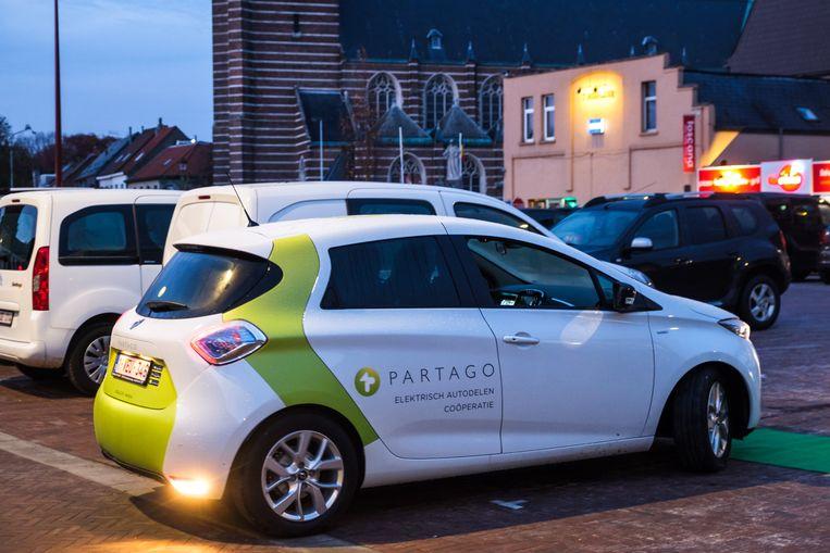 De allereerste elektrische deelauto's van Partago in Boechout.
