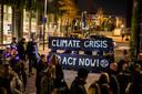 Klimaatactivisten van Extinction Rebellion tijdens Glow