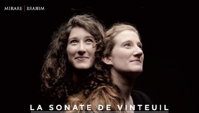 Albumhoes Maria & Nathalia Milstein. Beeld