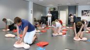 OLV ziekenhuis organiseert reanimatielessen in kader 'week van het hartritme'